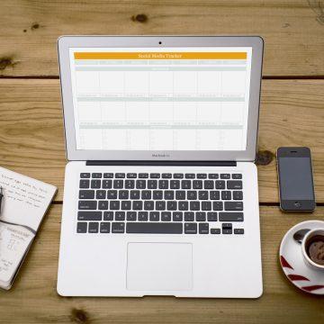 Blog i Social Media Tracker do druku
